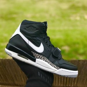 Nike Air Jordan Legacy 312 Sneakers Black/White